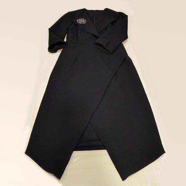 ชุดเดรสดำ ซับในแบบสูท